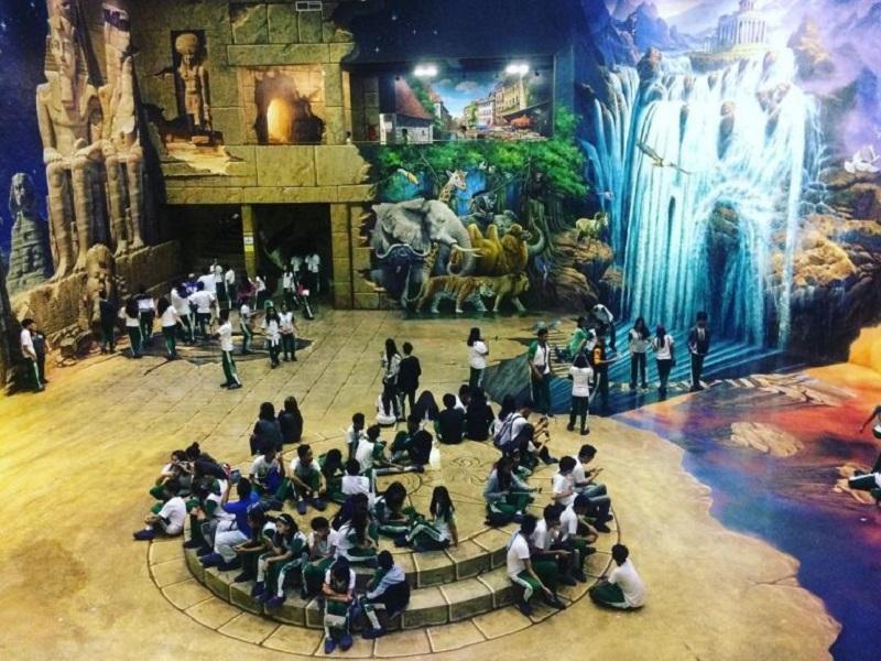 Quezon City Travel to Art Museum